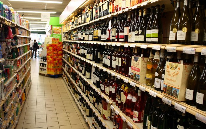 supermarket wine aisle